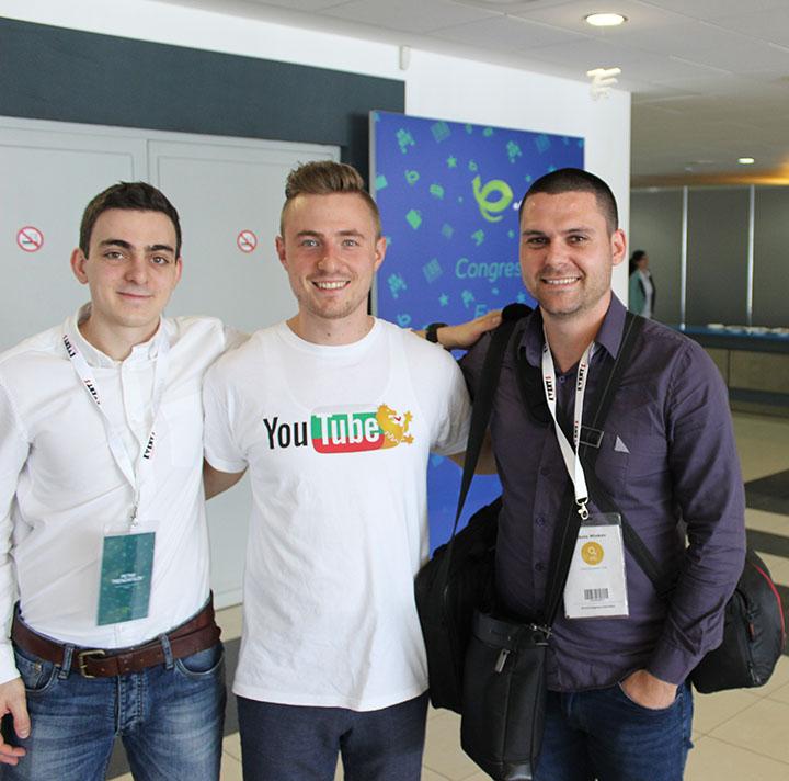 Никола Минков заедно с Петър Трендафилов и Алекс Божинов от централата на Google в Дъблин